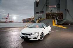 """El Honda Clarity Fuel Cell """"desembarca"""" en Europa"""