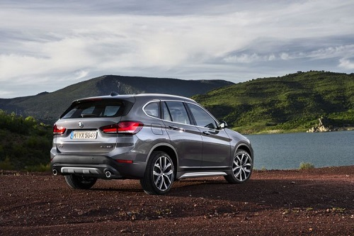 BMW X1, cambios estéticos y una nueva mecánica PHEV, principales novedades de este facelift