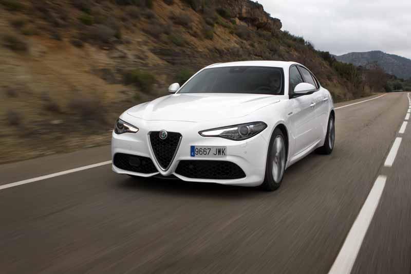 Alfa Romeo Giulia Veloce 2017; la pieza perfecta que completa la gama