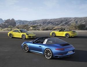 Los Porsche 911 Carrera 4 y 911 Targa 4 reciben ahora mecánicas biturbo