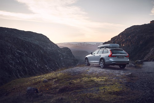 Volvo V90 Cross Country Volvo Ocean Race, icono de aventura y exclusividad