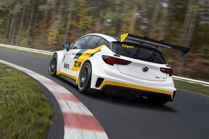 Opel Astra TCR, el compacto para carreras de turismos por 95.000€