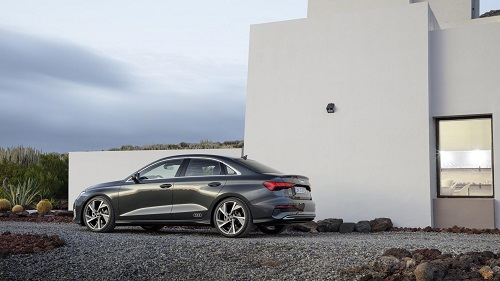 ¿Qué Audi A3 2020 comprar?; ¿Sedán o Sportback?