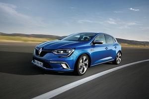 Renault Mégane 2016: coqueteando con el segmento Premium.