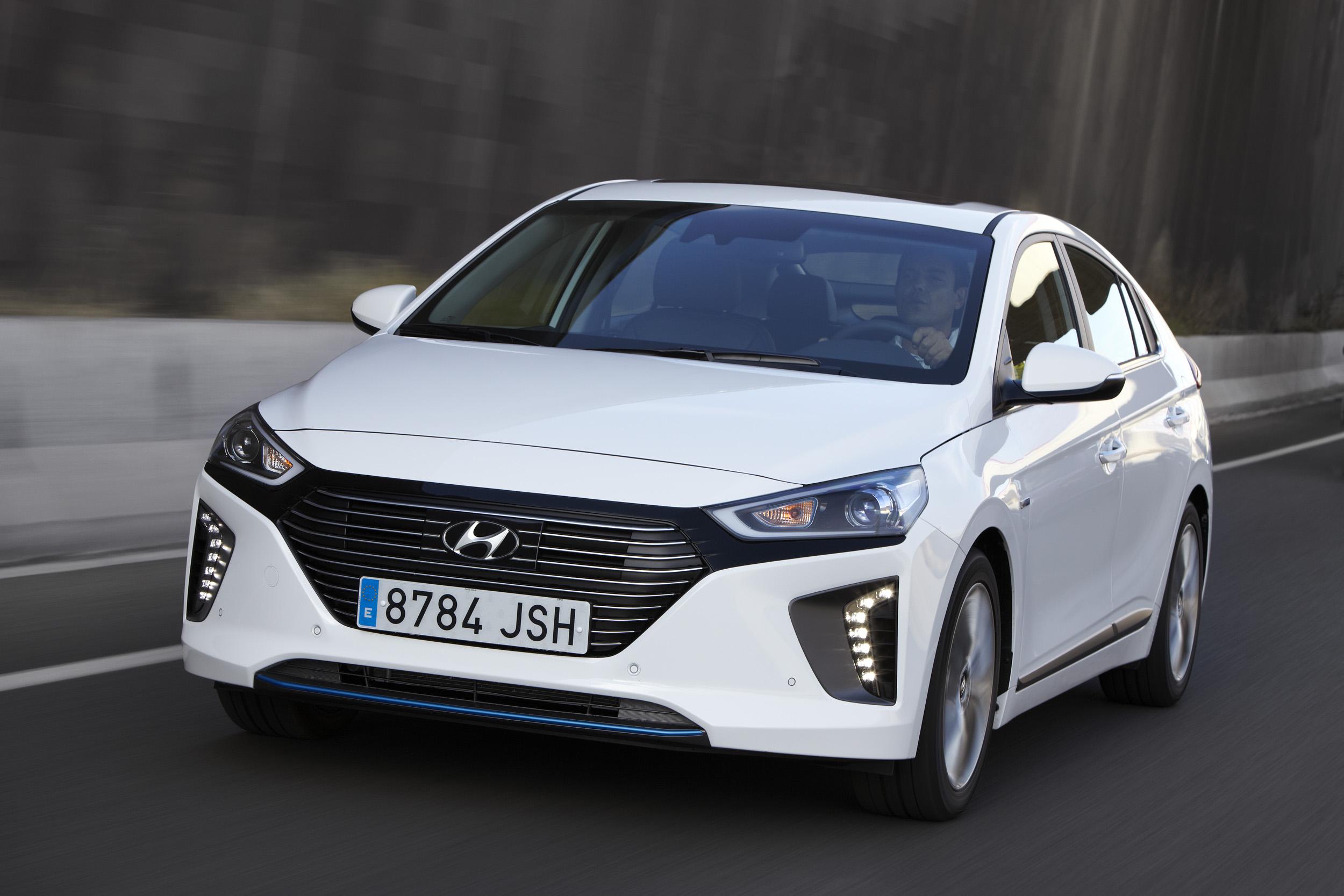 Hyundai IONIQ híbrido. Un futuro creíble y palpable