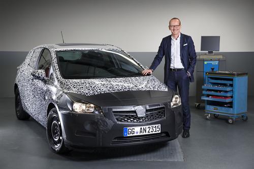 Nuevo Opel Astra en el Salón de Frankfurt 2015