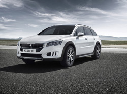 Peugeot 508 RXH, campero y familiar renovado