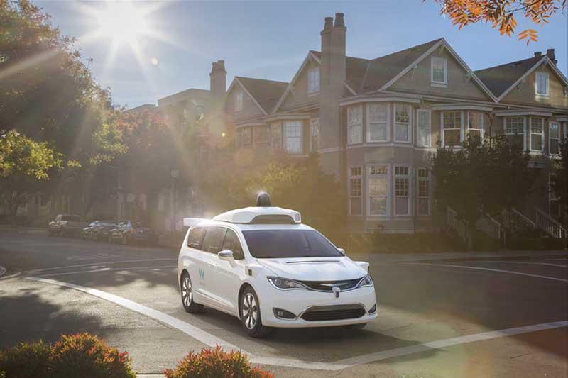Waymo (Google) avanza de la mano de FCA en su coche autónomo