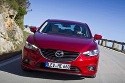 Nuevos faros adaptativos de Mazda
