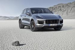Porsche contará próximamente con tres híbridos enchufables
