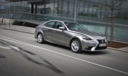 Accesorios para la gama IS de Lexus