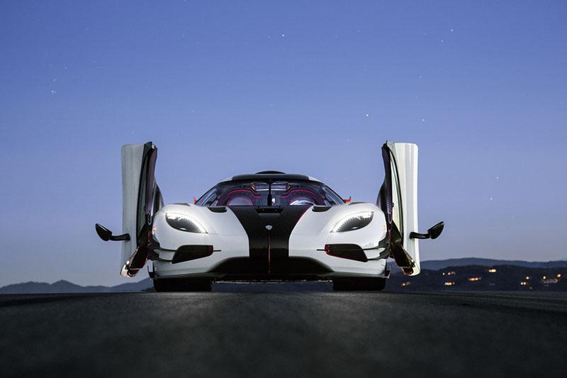 Koenigsegg avisa: volvemos a Nürburgring