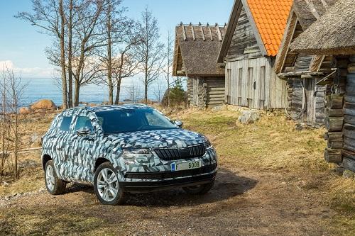 Skoda Karoq; la silueta del nuevo SUV compacto checo empieza a ver la luz