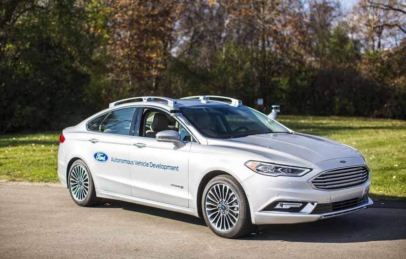 Ford avanza en su coche autónomo, que tendrá listo para 2021