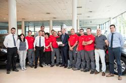 Nissan tambi�n premia a sus mejores concesionarios