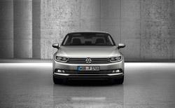 El nuevo Volkswagen Passat debuta en España