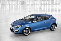 Renault líder en el mercado español