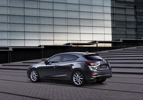 Mazda3, pequeños cambios en el compacto nipón