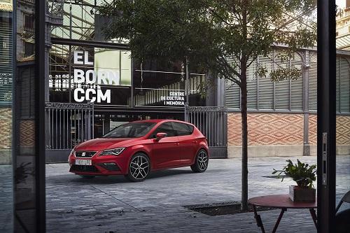 SEAT León 2017, leves cambios estéticos y más tecnología para el compacto