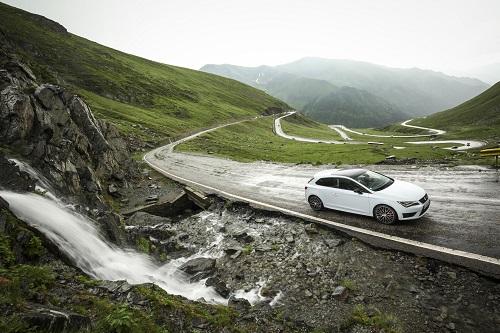 SEAT nos muestra las 10 carreteras más espectaculares en las que disfrutar al volante