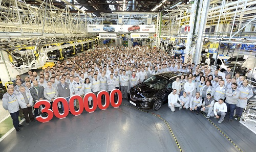 La factoría de Renault en Palencia supera las 300.000 unidades fabricadas este 2016