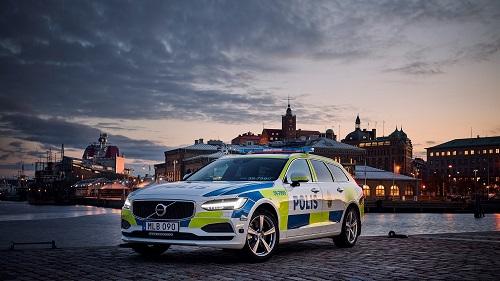 Volvo V90, un nuevo aliado contra el crimen para la policía sueca