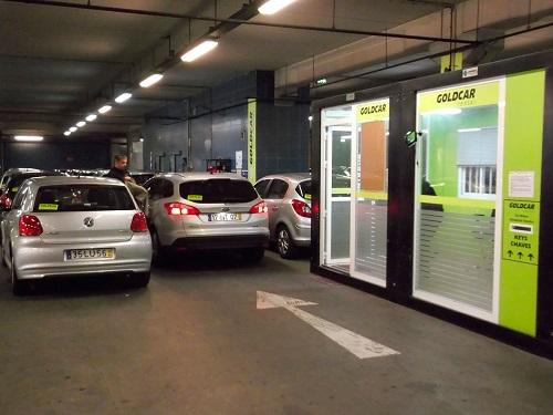 Goldcar y el RACE  facilitan a los más jóvenes la posibilidad de alquilar un coche