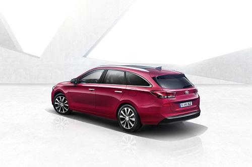 Hyundai i30 Wagon 2017, al descubierto antes de su debut en Ginebra