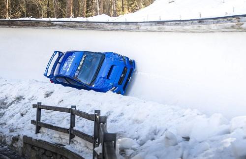 Subaru WRX STI; salvaje, hasta en una pista de bobsleigh
