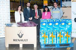 Renault dona diferentes materiales a Mensajeros de la Paz