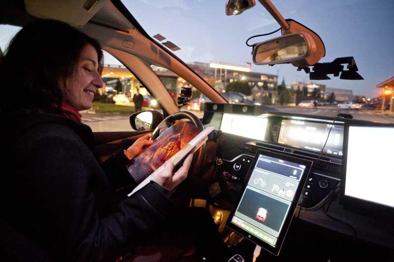Si un coche autónomo te liberara de conducir, ¿a qué dedicarías ese tiempo extra?
