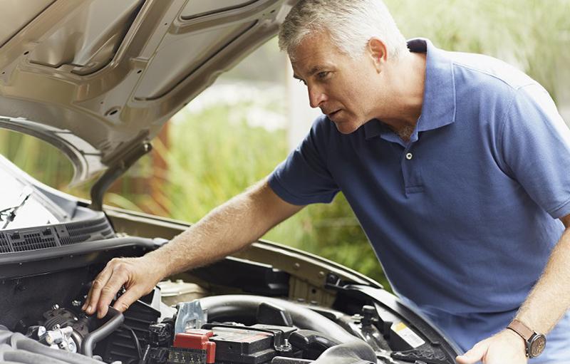 Cinco aspectos de tu coche que debes controlar de forma periódica
