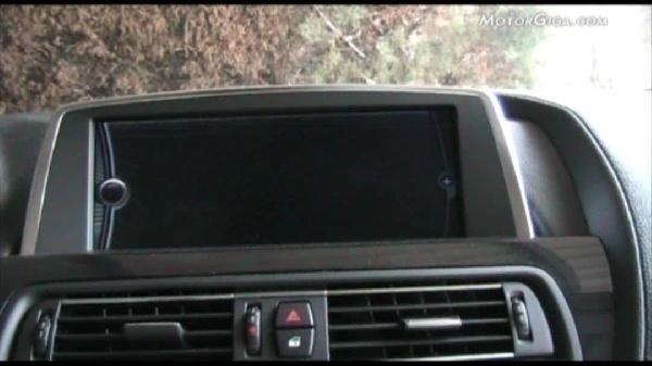 Video Bmw Serie6 2011 - Volante Y Alrededor