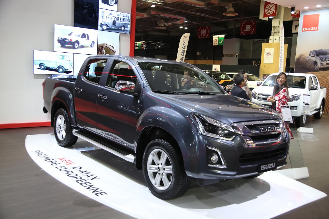 isuzu d max 2017 el pick up muestra su renovaci n en par s. Black Bedroom Furniture Sets. Home Design Ideas